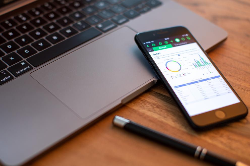 Digitalisierung Handy Laptop